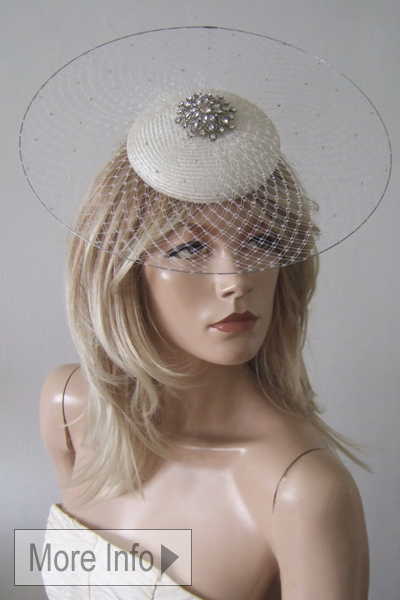 Philip Treacy Headpiece Fascinator, Disc Hat Hire. Philip Treacy Hat for Ascot. Philip Treacy Hat Hire. Royal Ascot Hat Rental. Philip Treacy Hats.