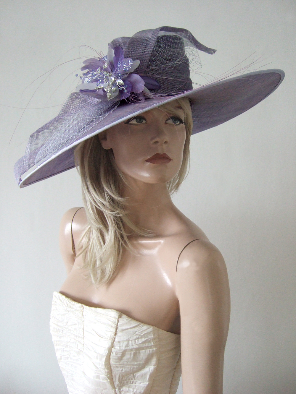 Lavender Formal Wedding Guest Hats 2020. Big Hats for Royal Ascot 2020. Lilac Royal Ascot Hats 2020, Formal Hat Hire 2020. Hat Hire Berkshire. Wedding guest hats 2020. Hats for Hire 2020. Ladies Wedding Hats 2020. Big Mother of the Bride Hats 2020. Royal Ascot Hat Rental 2020. Wedding Hats for Hire UK 2020. Hire Hats for Epsom Races 2020.