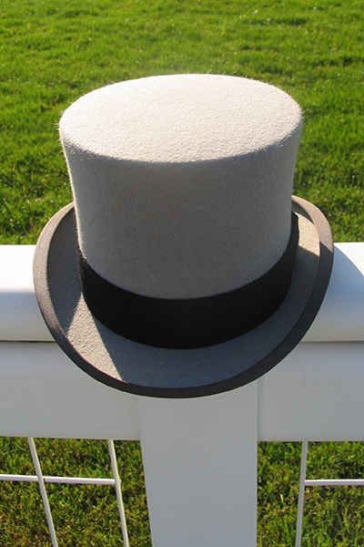 Mens Top Hat Hire. Top Hats for Ascot. Grey Wool / Melusine Top Hats. The only Top Hat Hire at Royal Ascot Races. Wool, Fur Melusine and Vintage Silk available. Hats for other events, weddings, available on Mail Order. Also Ladies Hats from Philip Treacy, Jane Taylor, Bundle Maclaren, Rosie Olivia, Nigel Rayment and other leading Milliners. #tophats #hathire #formalwear #menswear