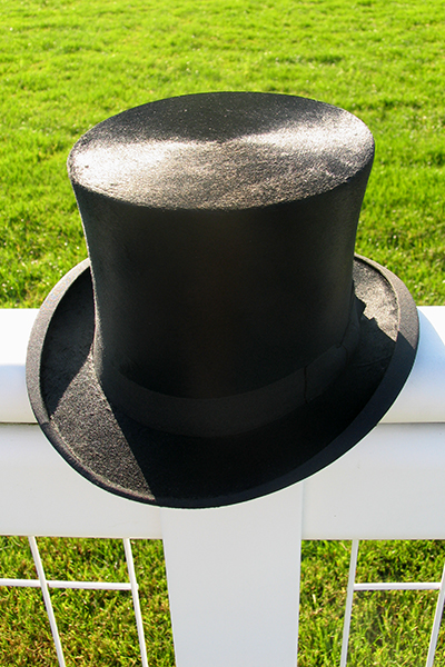 Mens Top Hat Hire. Silk Top Hats for Royal Ascot. Vintage Silk Top Hat Hire. The only Top Hat Hire at Royal Ascot Races. Wool, Fur Melusine and Vintage Silk available. Hats for other events, weddings, available on Mail Order. Also Ladies Hats from Philip Treacy, Jane Taylor, Rosie Olivia, and other leading Milliners. #tophats #hathire #formalwear #menswear