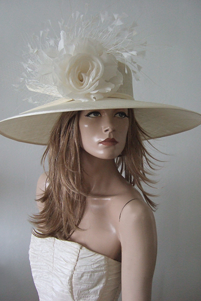 Large Ivory Ascot Hat Hire, Hats for Royal Ascot. Hat Hire London. Hat Hire Berkshire. Big Hats or Ascot