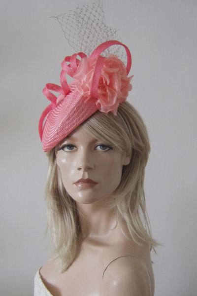 Jane Taylor Beret Hat. Ascot Hat Hire. Coral Hats. Jane Taylor Hats. London Hat Hire