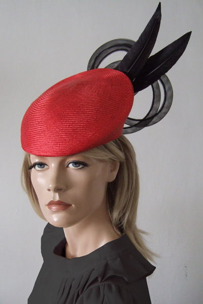 Rosie Olivia Delta Red Beret Hat. Ascot Hat Hire. Mother of the Bride Hats. London Hat Hire. www.dress-2-impress.com Hat Hire Berkshire.